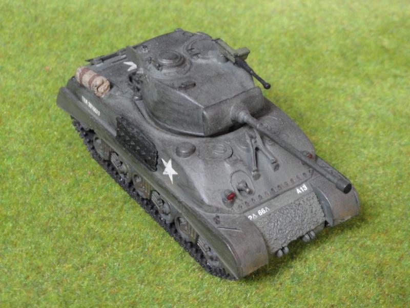 Sherman M4A1 1/72 par un débutant Sherma13