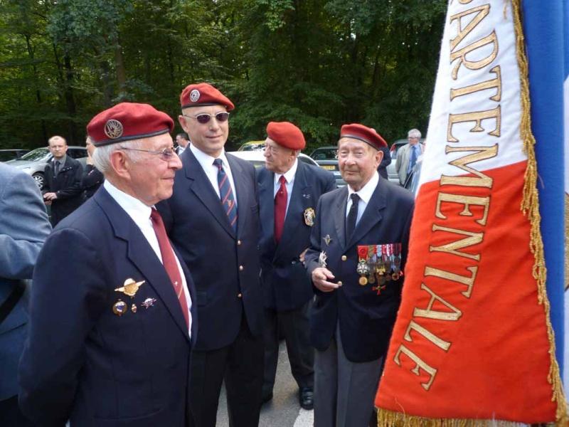 HOURDIN Roger Parachutiste SAS, l'un des derniers est mort dans sa 89e année P1100810