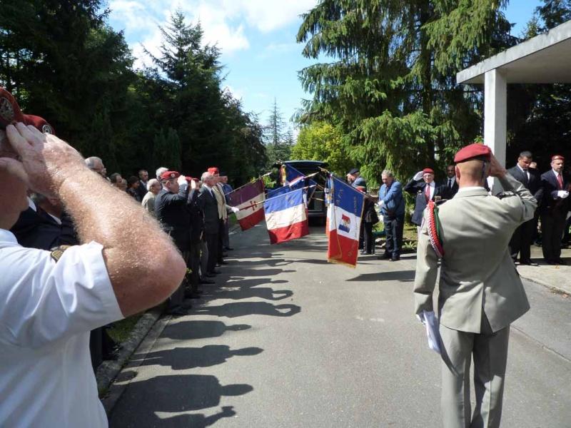 HOURDIN Roger Parachutiste SAS, l'un des derniers est mort dans sa 89e année P1100814