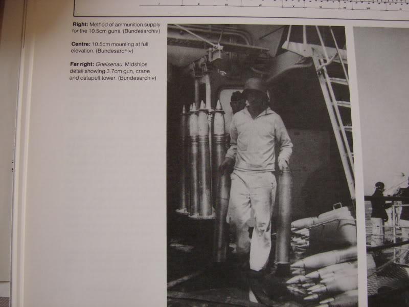 1:72 Scale German WW2 Heavy Battle Cruiser K.M.S. Scharnhorst 1943 - Page 5 Dsc02010