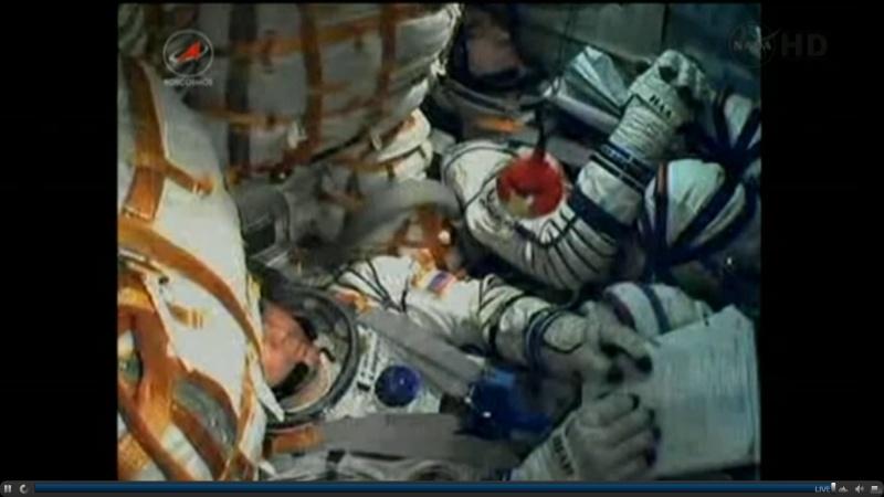 [Soyouz TMA-22] lancement & Amarrage  [succès]. - Page 3 Soyuz_11