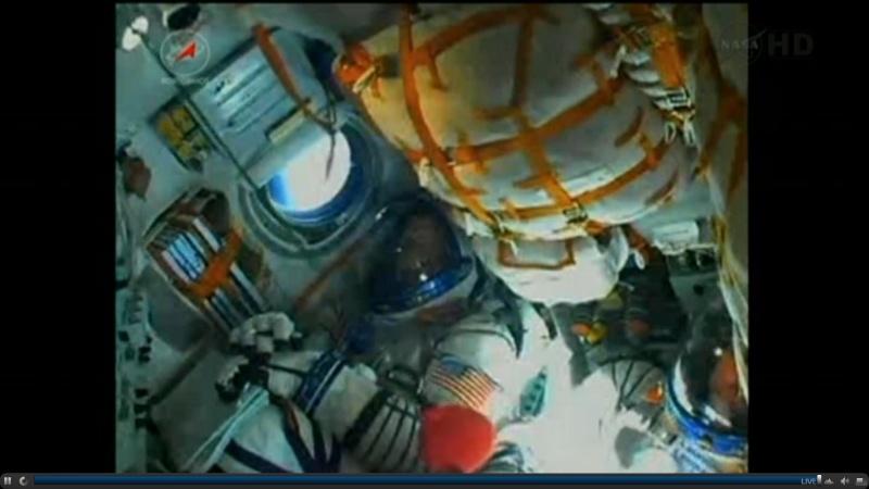 [Soyouz TMA-22] lancement & Amarrage  [succès]. - Page 3 Soyuz_12