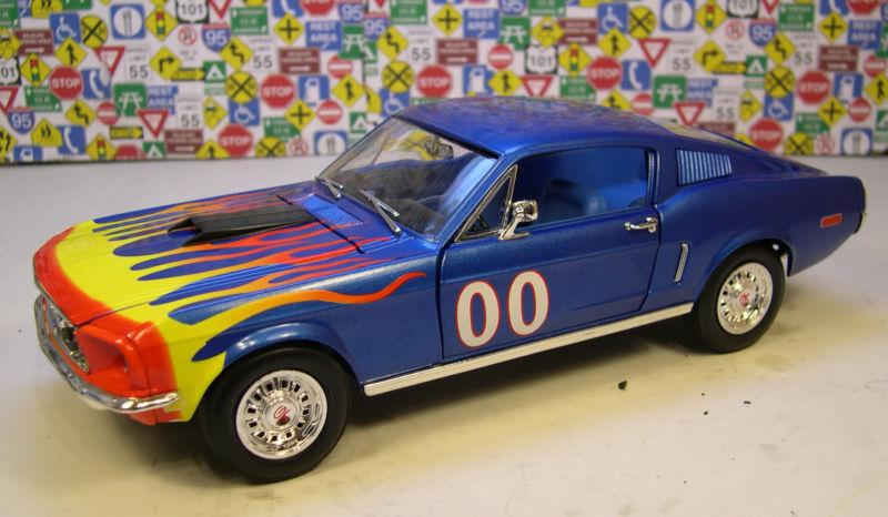 Mustangs 1968 à l'échelle 1:18  Double11