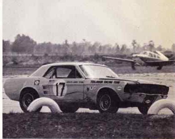 L'équipe de course Terlingua de Shelby-American en 1967 Nouvel32
