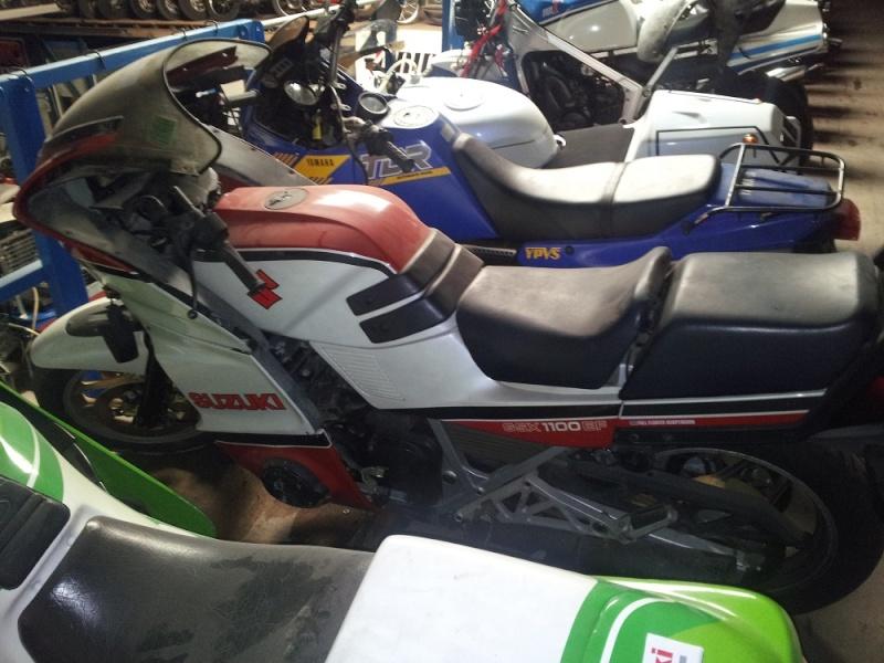 GSX 1100 : différences moteur 2011-115