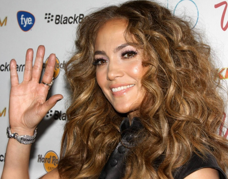 Jennifer Lopez 210