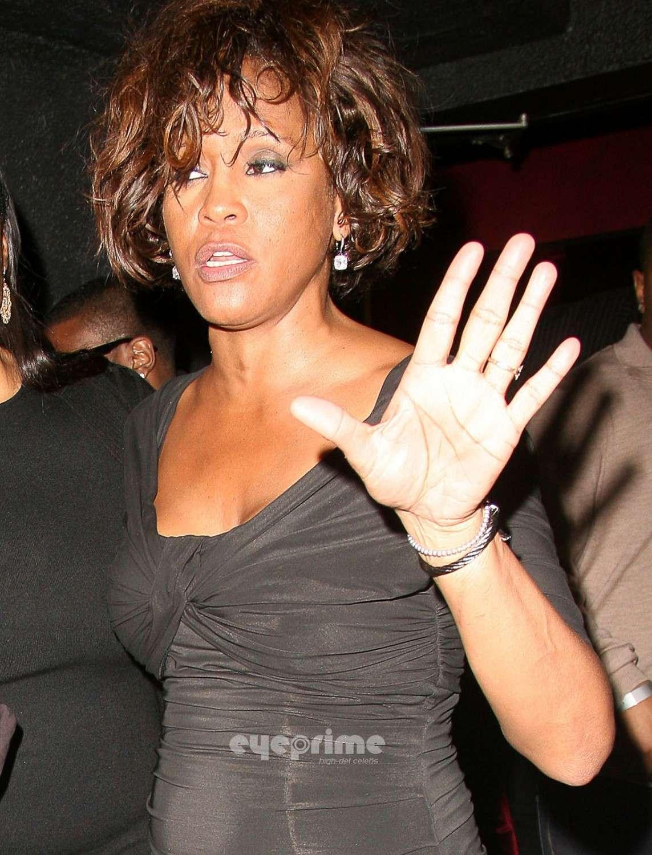 Whitney Houston 1963 – 2012 (HAND ANALYSIS) Housto10