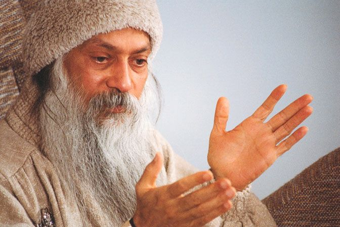 OSHO - Into the hands of Bhagwan Shree Rajneesh! Osho8310