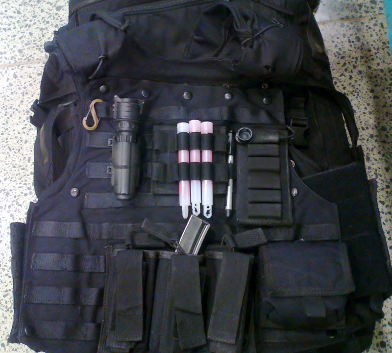 More SAS gear Photo039