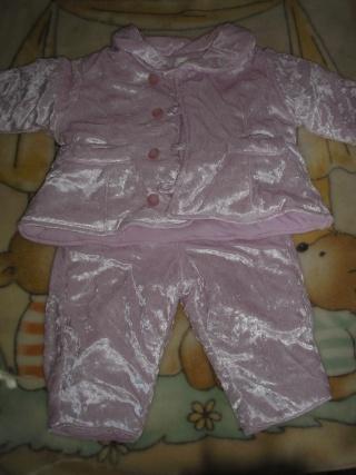 Garde robe d Ombeline en 6 mois Pa170326