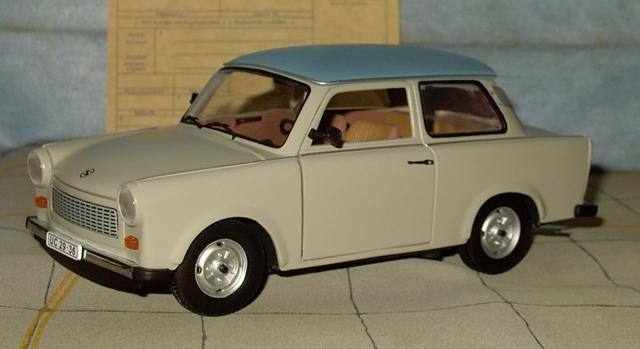 Trabant 601 in 1:18 von Sun Star Trab110