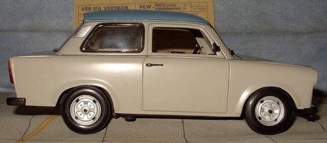 Trabant 601 in 1:18 von Sun Star Trab310