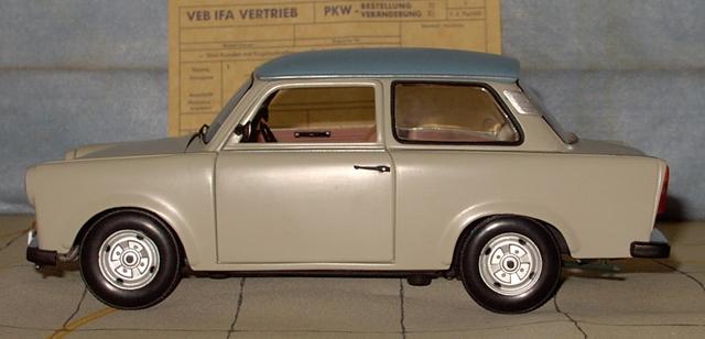 Trabant 601 in 1:18 von Sun Star Trab510