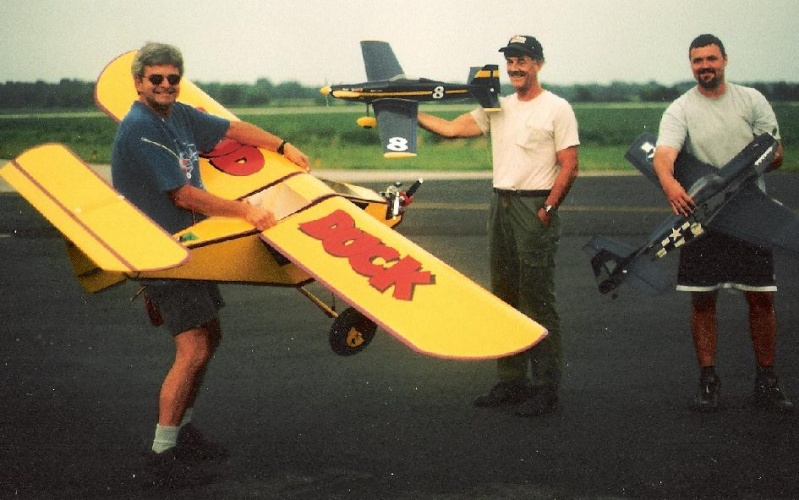 Anyone here into Giant Scale R/C Planes? Post Pics of your Planes. 3_mud_11
