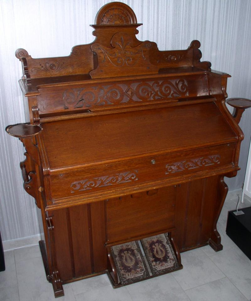 Vends Harmonium à restaurer Harmon13