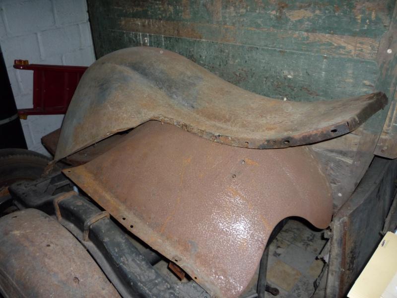 Pièces Ford A année 30 P1040115