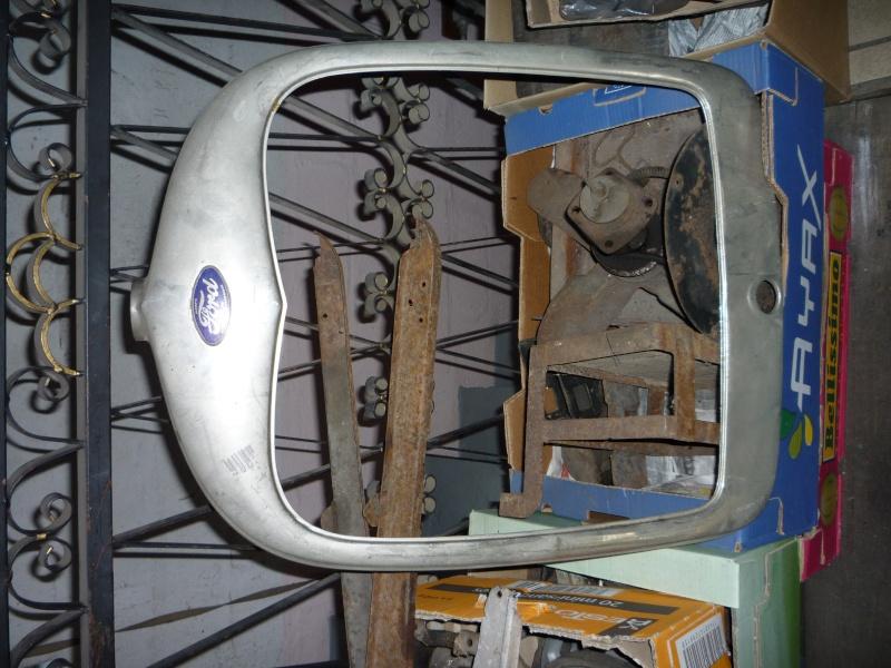 Pièces Ford A année 30 P1040116