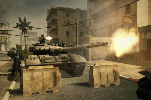 Sparare con il mitra del carro armato su Battlefield play4free Battle11