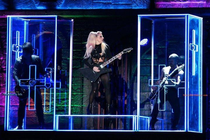 Box Lady Gaga for BTWBT! DOWNLOAD :D 31828611