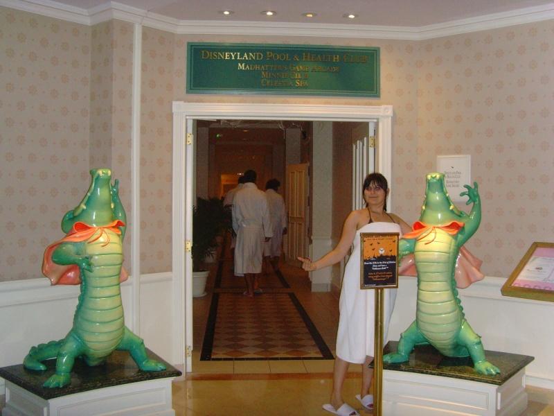 1er Séjour au DLH en Castle Club (30 et 31 octobre 2011) - Page 2 Snv33243