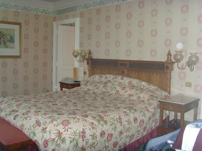 1er Séjour au DLH en Castle Club (30 et 31 octobre 2011) - Page 2 Snv33316