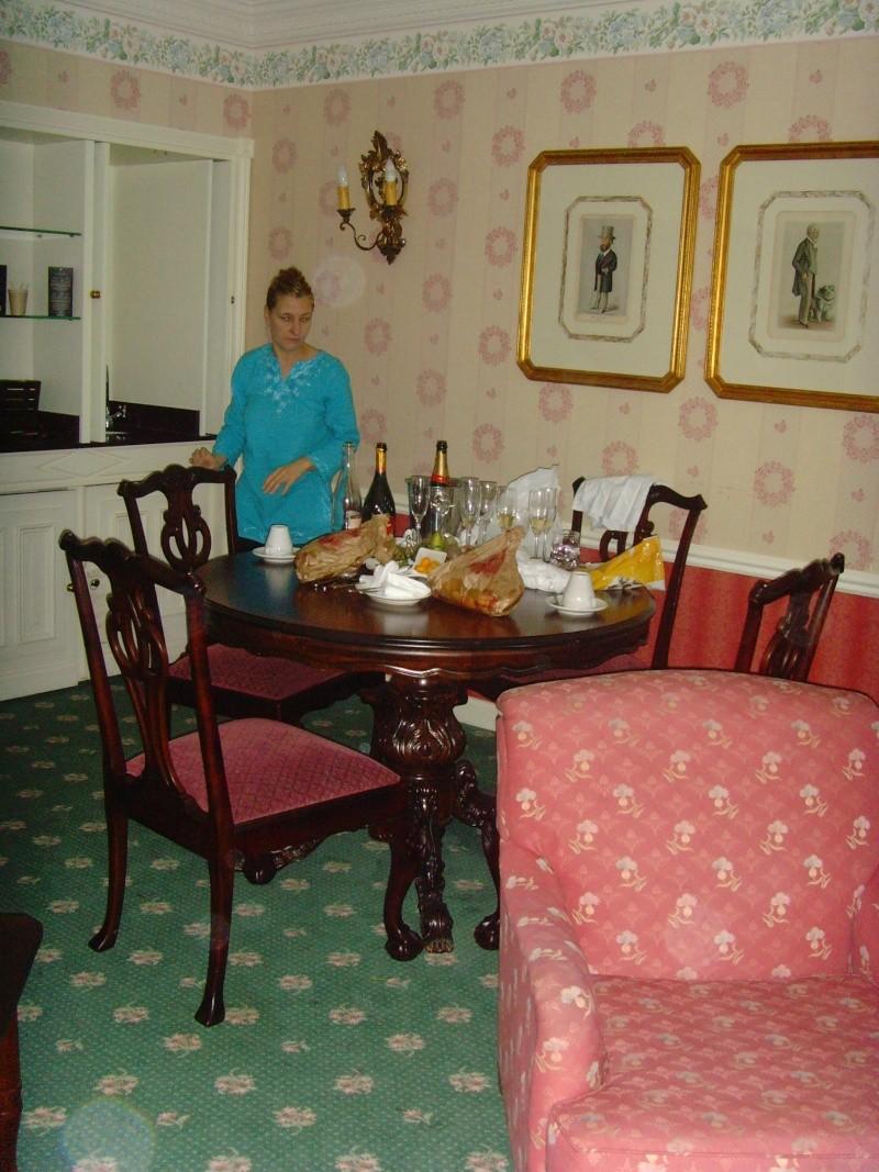 1er Séjour au DLH en Castle Club (30 et 31 octobre 2011) - Page 2 Snv33324