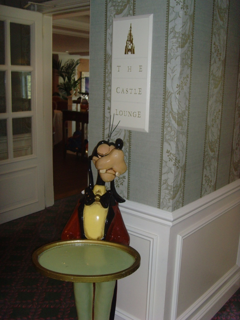 1er Séjour au DLH en Castle Club (30 et 31 octobre 2011) - Page 2 Snv33410