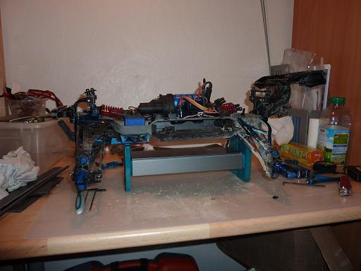fabriquer un car stand Car_st13