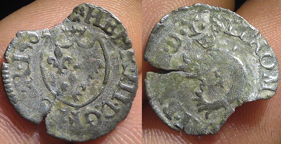 Liard du Dauphiné à l'écu.1583 Yy_bmp10