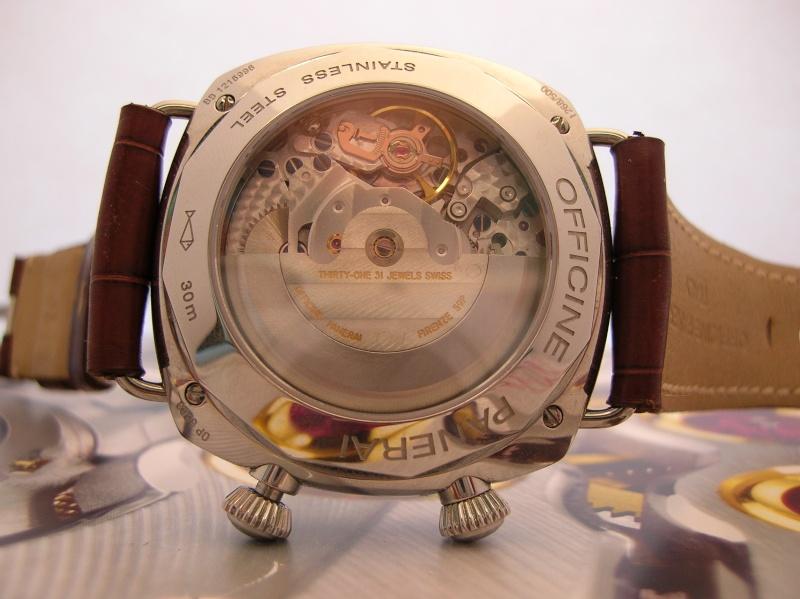 A la recherche d'une montre Réveil Cricket et vraie GMT 101nik11