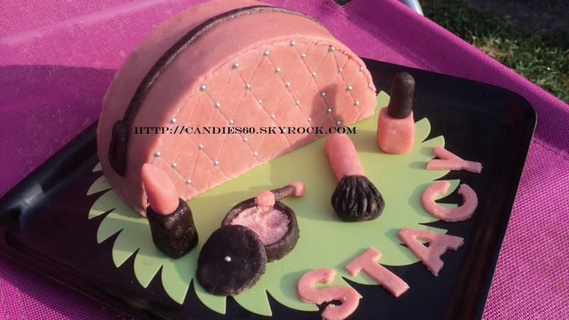 trousse de maquillage et maquillage - Page 6 Trouss10