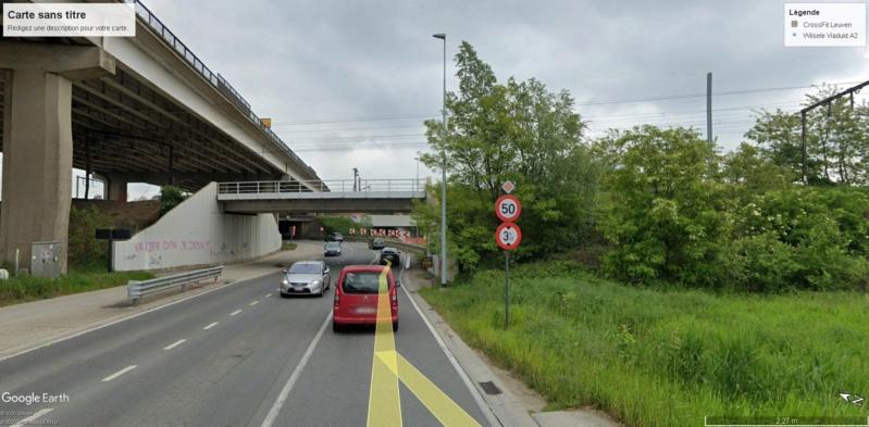 Street View : Un pont , au dessus d'un pont , au dessus d'une rivière  Louvai13
