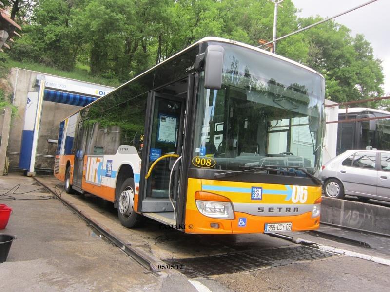 Cars et Bus de la région Paca - Page 3 Img_4220