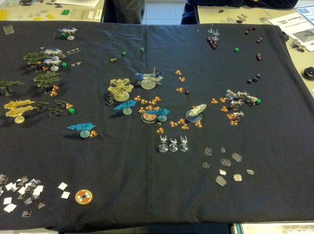 [Chaos vs Ty/Navy] 3000p Chaos contre Culte Genestealers - Page 3 Tour5_10