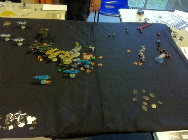 [Chaos vs Ty/Navy] 3000p Chaos contre Culte Genestealers - Page 3 Tour6_10