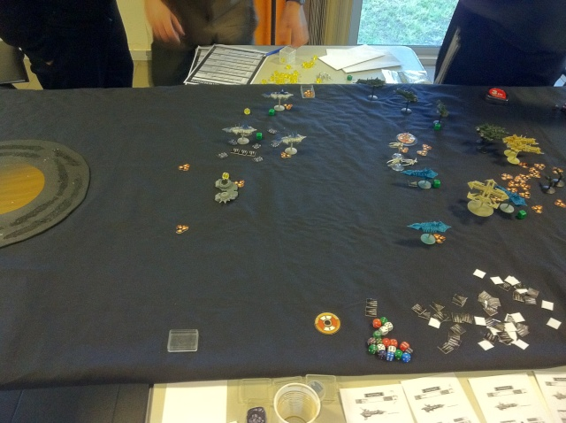 [Chaos vs Ty/Navy] 3000p Chaos contre Culte Genestealers - Page 3 Tour8_10