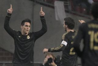 ريال مدريد يتغلب على اياكس بثلاثية. 922e6810