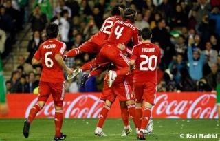 ريال مدريد يهزم بيتيس بثلاثية . Betis_10
