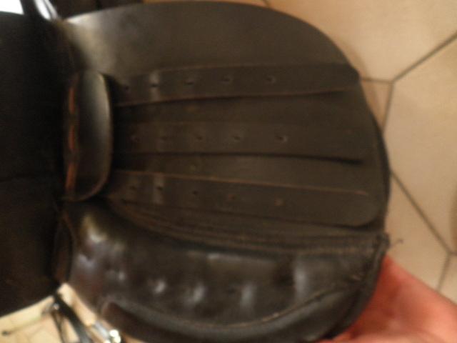 Matos equitation ( selle , tapis , gogue) Pa090020
