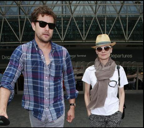 Joshua Jackson y Diane Kruger de vuelta en USA (Junio 2012) 1211