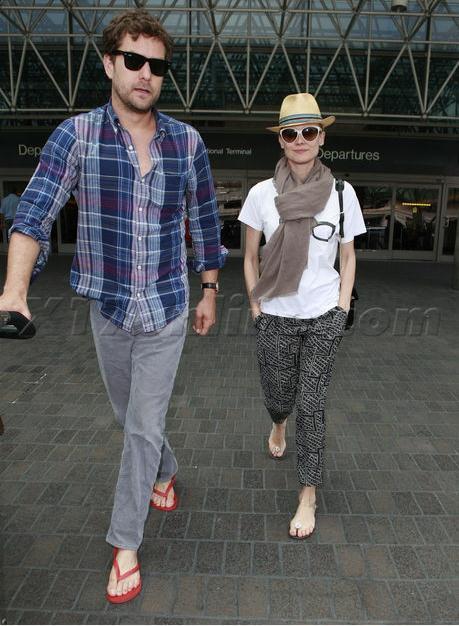 Joshua Jackson y Diane Kruger de vuelta en USA (Junio 2012) 1311