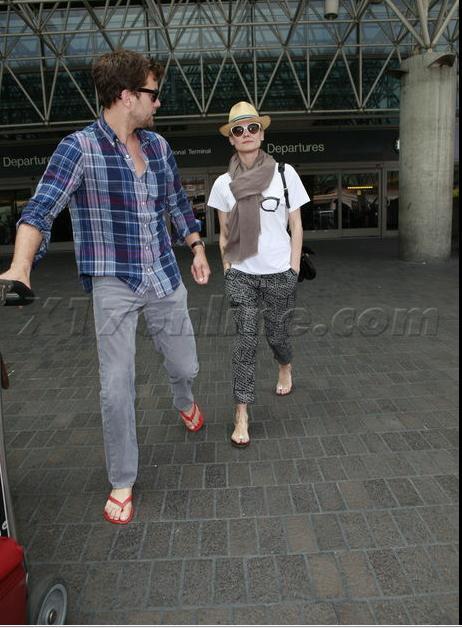 Joshua Jackson y Diane Kruger de vuelta en USA (Junio 2012) 1510