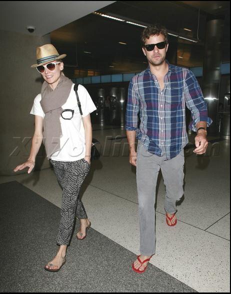 Joshua Jackson y Diane Kruger de vuelta en USA (Junio 2012) 1610