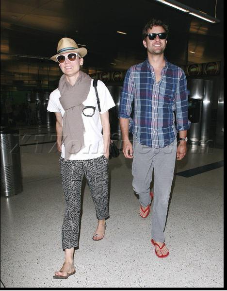 Joshua Jackson y Diane Kruger de vuelta en USA (Junio 2012) 2010