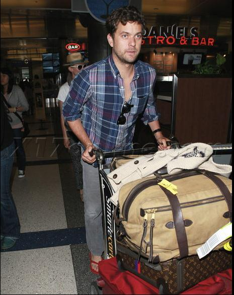 Joshua Jackson y Diane Kruger de vuelta en USA (Junio 2012) 2510