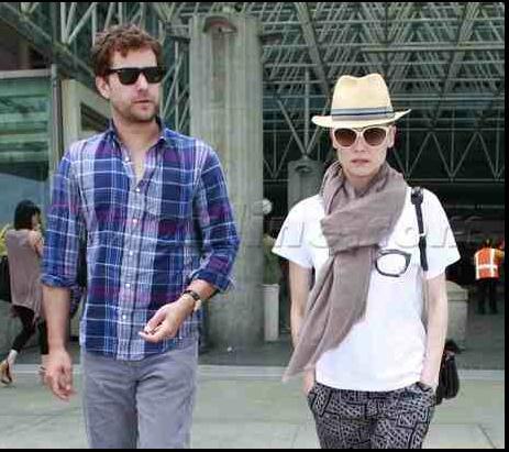 Joshua Jackson y Diane Kruger de vuelta en USA (Junio 2012) 912
