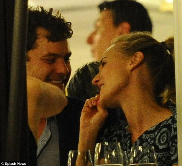 Joshua Jackson y Diane Kruger en Cannes 2012 Articl11