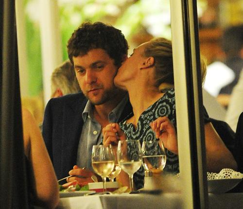 Joshua Jackson y Diane Kruger en Cannes 2012 Diane-13