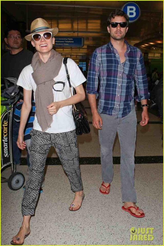 Joshua Jackson y Diane Kruger de vuelta en USA (Junio 2012) Diane-32