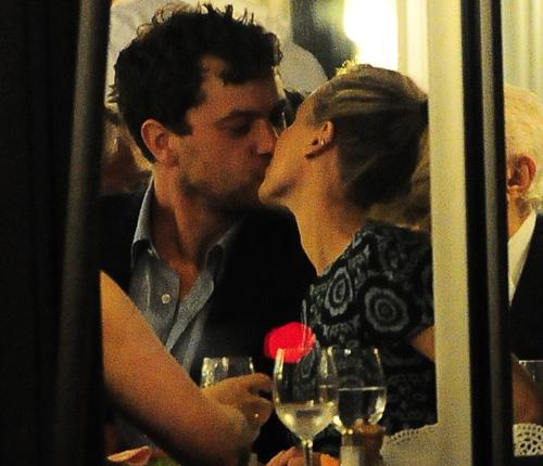 Joshua Jackson y Diane Kruger en Cannes 2012 Eeeeee11